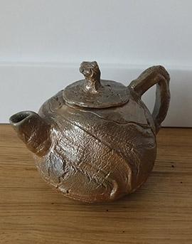 Ręcznie wykonany czajnik